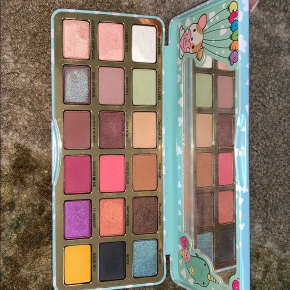 Too Faced Other - Too faced clover palette